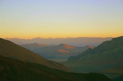 Sun rise on the Tibetan plain