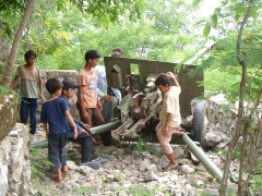 Abandoned field gun, Phnom Sampeau