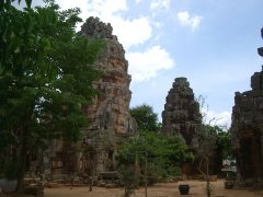 Wat Banan - Model for Angkor Wat?
