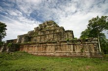 Prasat Thom is an imposing structure in the middle of the jungle