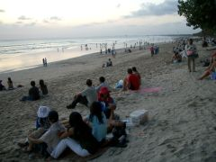 Kuta Beach, quite crowded