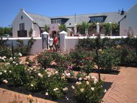 The sweet smalling rose garden of Voyager wine estate