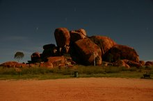 Devil's Marbles at night