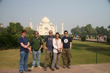 Damien and Richard arrive in time to party day and night at the Taj Mahal